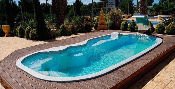 Accesorios para piscinas prefabricadas o de poli ster for Piscinas de poliester economicas